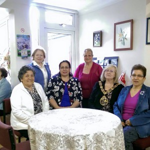 Tuncalı, İngiltere Türk Kadınları Yardım Derneği'nin düzenlediği öğle yemeği davetine katıldı (10 Haziran 2015)