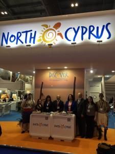 Büyükelçi Tuncalı Londra'da gerçekleştirilen Dünya Turizm Fuarını ziyaret etti (2 Kasım 2015)