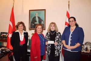 """""""Vatan Kültürel Türk Müziği Korosu"""" provides financial support to """"Ali Rıza Değirmencioğlu Türk Okulu"""" (2 December 2015)"""